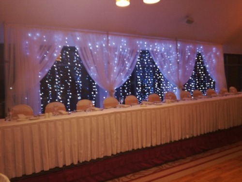 Open drape Fairylight backdrop night
