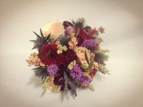bride-bouquet-mauve-burgundy-purple-peach-winter